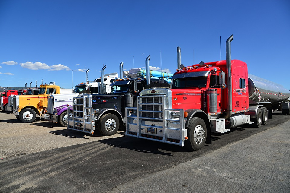 Feds Propose New Trucking Regulations