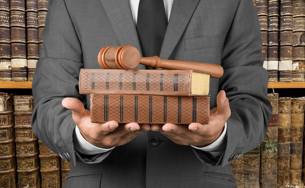 Do I Really Need a Lawyer for a Personal Injury Claim?